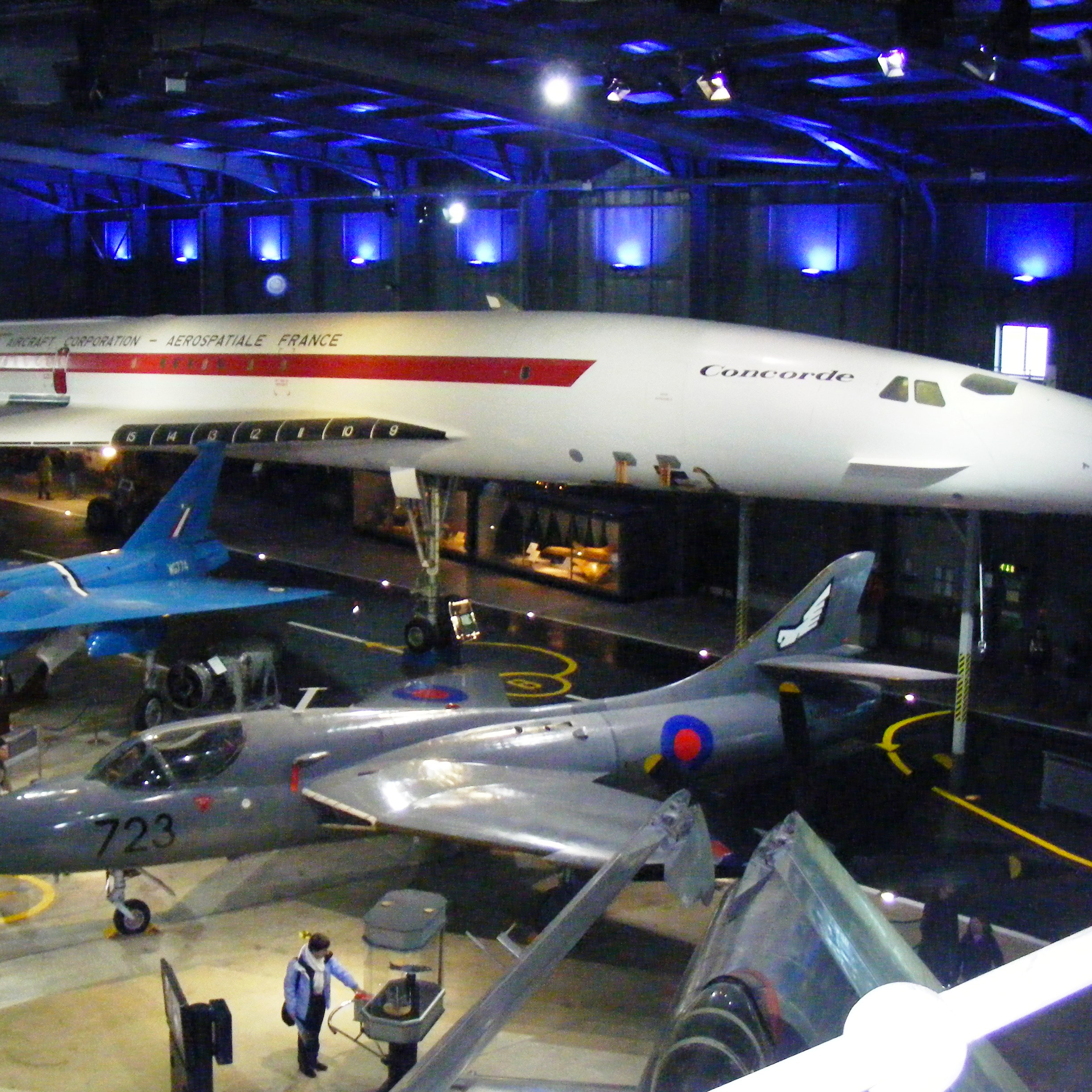 Fleet_Air_Arm_Museum_hall_4