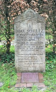 Max Schultz's memorial stone in the Wilhelmshaven Friedhof.